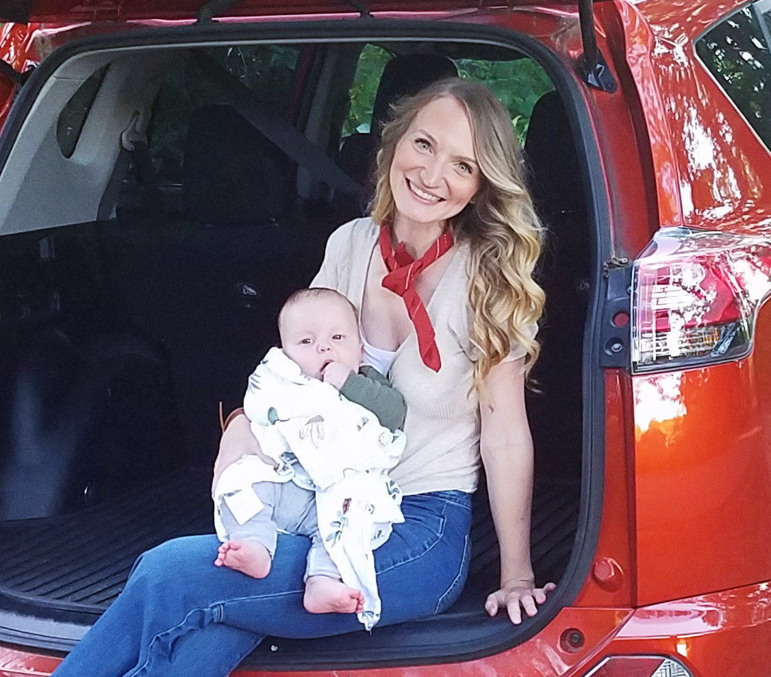 Birthing While Driving, with Laura Loos - The Birthful Podcast